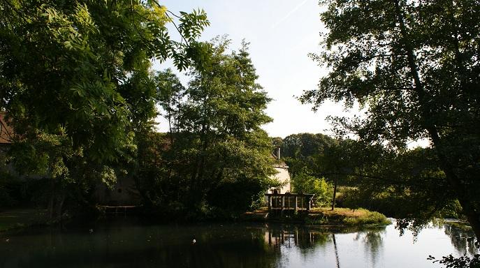 moulin bord de l`eau vallée ramberge proximité loire à vélo
