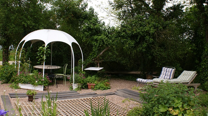 jardin de detente gite ecologique pres amboise accueil voyageurs loire a velo